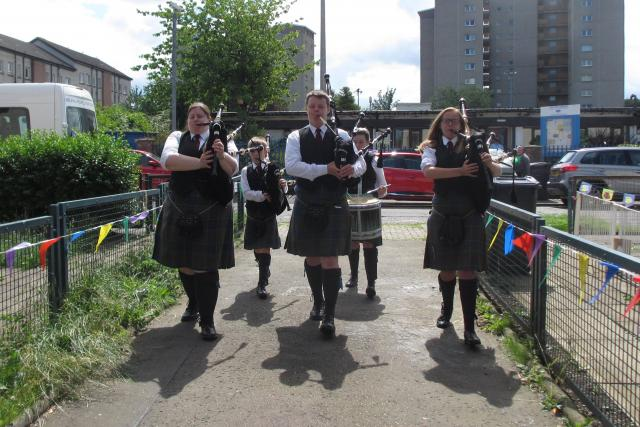 Summer Fayre Pipers